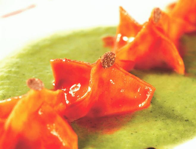 Fagottini ripieni di aragosta e merluzzo su crema di broccoli al tartufo