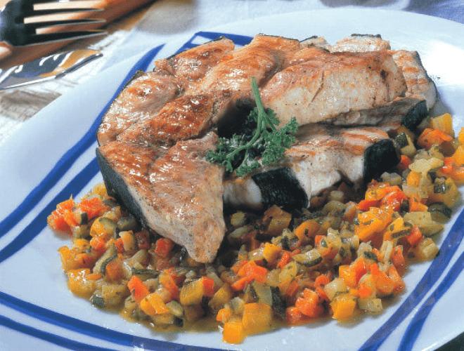 Pesce Spada con verdurine in agrodolce