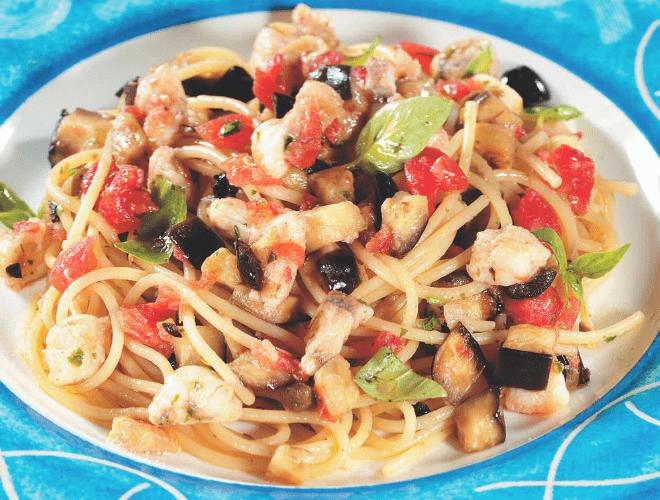 Spaghetti con Merluzzo e sapori mediterranei